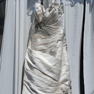 Wedding Dress!